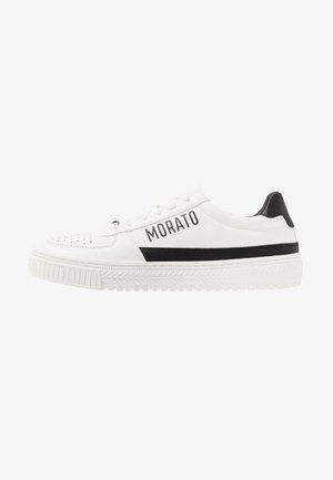 GEAR - Sneakersy niskie - white