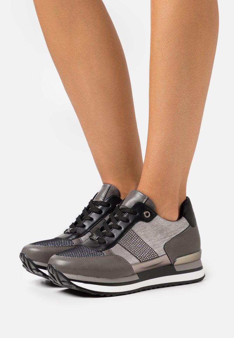 Tata Italia - Trainers - grey
