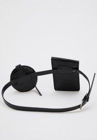 DeFacto - Belt - black - 1