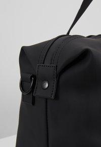 Pier One - UNISEX - Weekend bag - black - 7