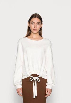 CRYMA - Sweatshirt - eggnog
