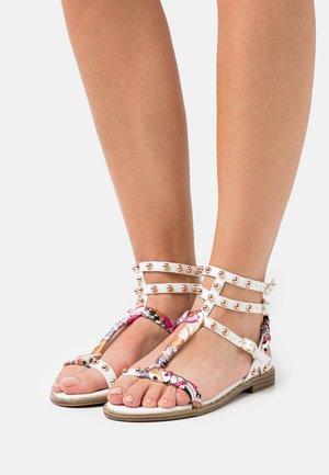 PAOLA - Sandals - white