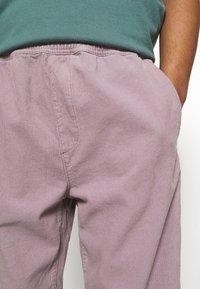 BDG Urban Outfitters - PANT - Kangashousut - lilac - 3