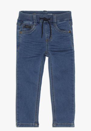 NMMROBIN PANT - Džíny Slim Fit - medium blue denim
