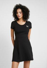 Puma - CLASSICS SHORTSLEEVE DRESS - Vestido ligero - black - 0
