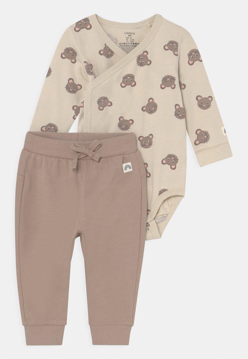 Lindex - MOUSE SET UNISEX - Trousers - beige