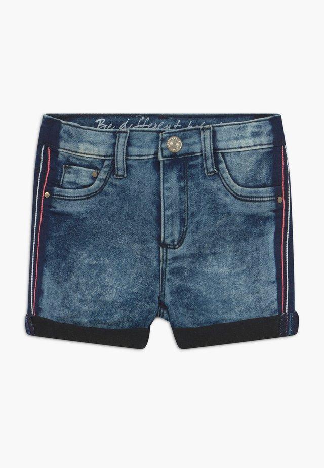 KID - Shorts vaqueros - mid blue denim