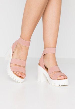 SOHOO - Sandały na obcasie - blush