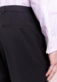 HUGO - SIMMONS - Oblekové kalhoty - black - 4