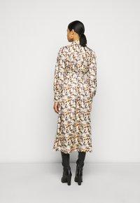 Tory Burch - ARTIST DRESS - Košilové šaty - reverie - 2