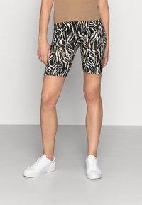 mbyM - EMELIA - Shorts - bella zebra print - 0