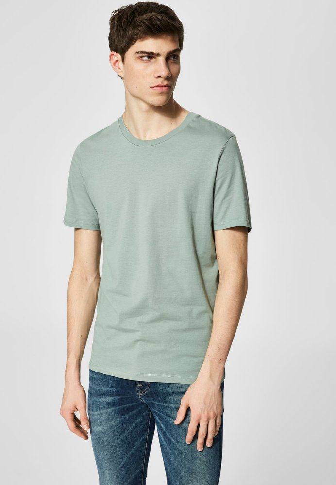 Selected Homme - SLHTHEPERFECT ONECK TEE  - T-shirt basic - green middle