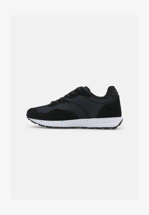 ROSE TEXTILE MULTI - Sneakersy niskie - black