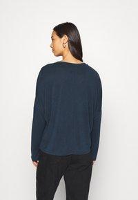Monki - Langærmede T-shirts - navy blue - 2