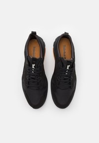 Timberland - TREE RACER - Trainers - black - 3
