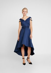 Chi Chi London - AMOUR DRESS - Ballkjole - navy - 0