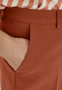 ICHI - IXLEXI - Trousers - hot sauce - 3