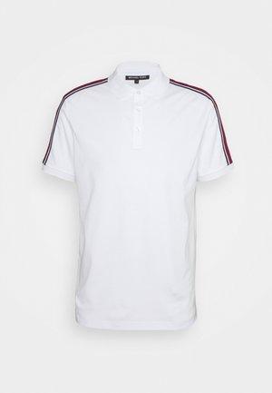 LOGO TAPE - Polo shirt - white