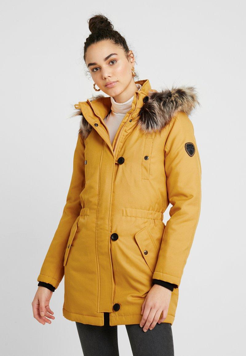 ONLY - ONLIRIS - Vinterkåpe / -frakk - golden yellow