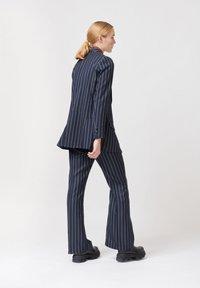 Dea Kudibal - Short coat - stripe - 2