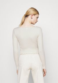 BDG Urban Outfitters - NOORI TIE FRONT - Cardigan - cream - 2