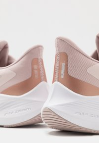 Nike Performance - ZOOM WINFLO  - Neutral running shoes - barely rose/metallic red bronze/stone mauve/metallic silver - 5
