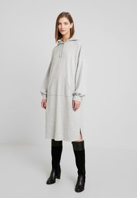 Monki - ZANDRA DRESS - Kjole - grey melange - 0