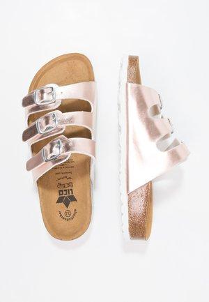 BIOLINE KIDS SHINE - Domácí obuv - rosa