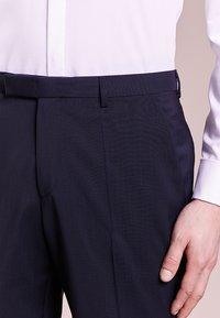 HUGO - SIMMONS - Oblekové kalhoty - dark blue - 3