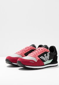 Emporio Armani - ALLY - Sneaker low - spicy red/straw/black - 4