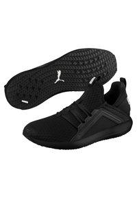 Puma - Neutral running shoes - black/white - 3