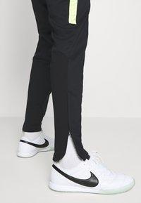 Nike Performance - ACADEMY PANT WINTERIZED - Træningsbukser - black/volt - 3