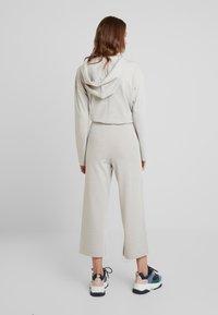 KIOMI - Trousers - camel - 2