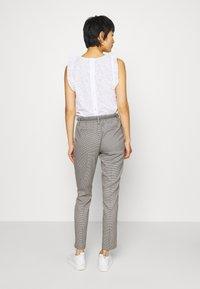 Opus - MORIEL PEPITA - Trousers - iron grey melange - 2