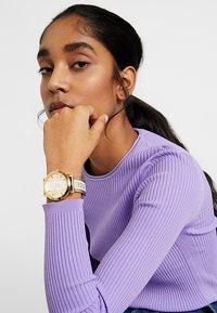 Versus Versace - BARBES - Reloj - gold-coloured - 1