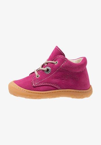 CORY - Lær-at-gå-sko - pop
