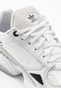 adidas Originals - Trainers - crystal white/core black/grey two - 2