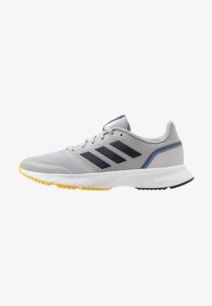 NOVA FLOW - Neutrální běžecké boty - grey two/legend ink/yellow