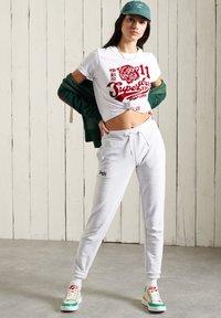 Superdry - COLLEGIATE ATHLETIC  - Zip-up sweatshirt - enamel green - 0
