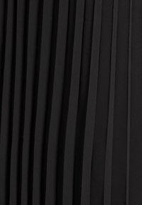 Monki - LAURA PLISSÉ SKIRT - A-line skirt - black dark - 6