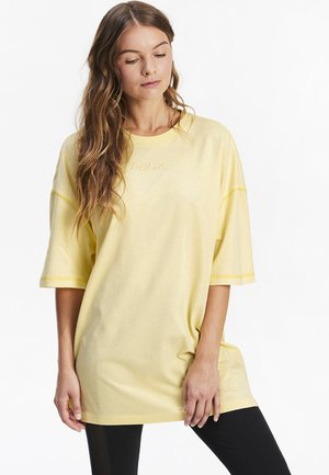 Long sleeved top - mellow yellow