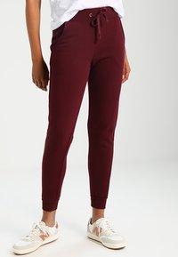 New Look - BASIC BASIC  - Pantaloni sportivi - dark burgundy - 0