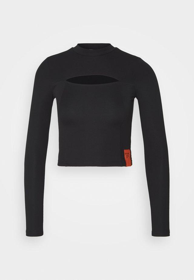 SEXY OPENINGTEE - T-shirt à manches longues - black