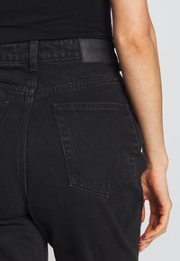 Weekday - ROWE ECHO - Relaxed fit jeans - black - 5