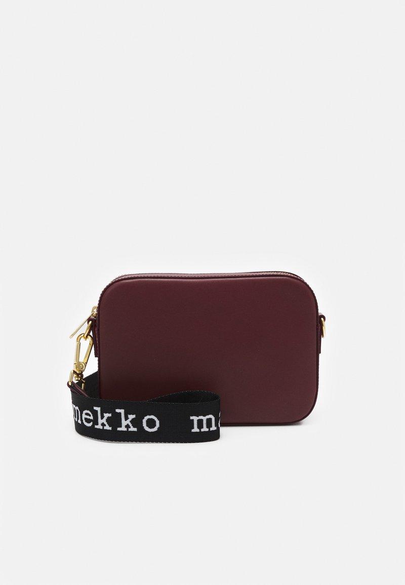 Marimekko - GRATHA BAG - Across body bag - winered