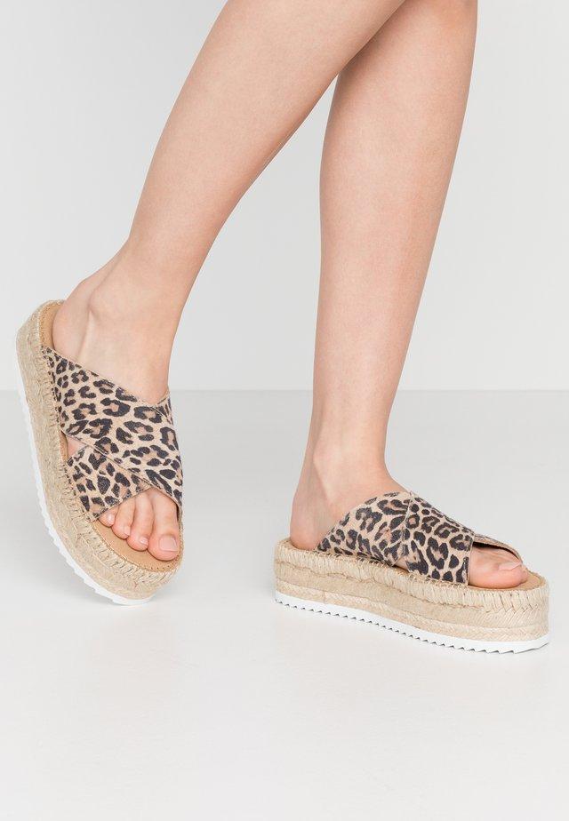 CROISETTE PRINT - Sandaler - brown