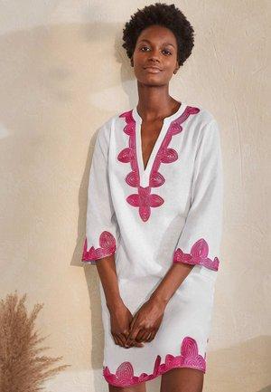 BELLA  - Day dress - weiß