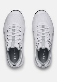 Under Armour - CHARGED COMMIT TR  - Træningssko - white/gray - 2