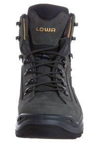 Lowa - RENEGADE GTX MID - Obuwie hikingowe - grau/ gelb - 3