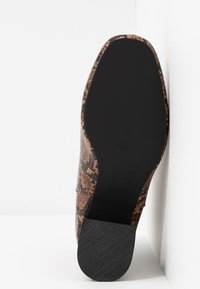Miss Selfridge Wide Fit - WIDE FIT BRIXTON ZIP BACK SQUARE TOE - Ankle boots - brown - 6